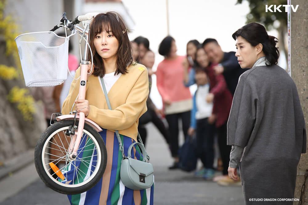 ▲2016 年播出的《 又是吳海英 》在韓國掀起「吳海英症候群」